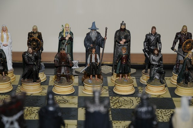 Lord Of The Rings Chess Set By Eaglemoss Firochromis
